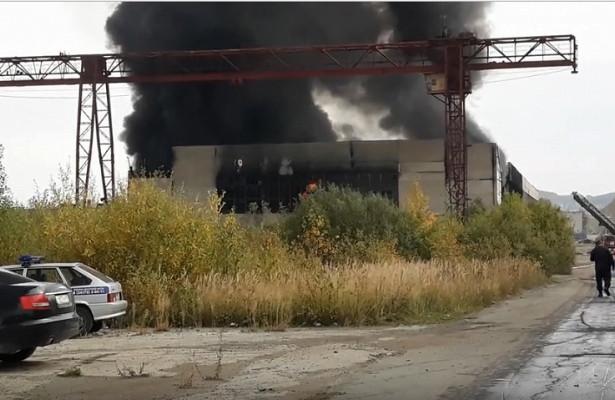 Пожар в промзоне Новоуральска