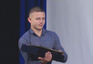 Курганский школьник Дмитрий Усольцев