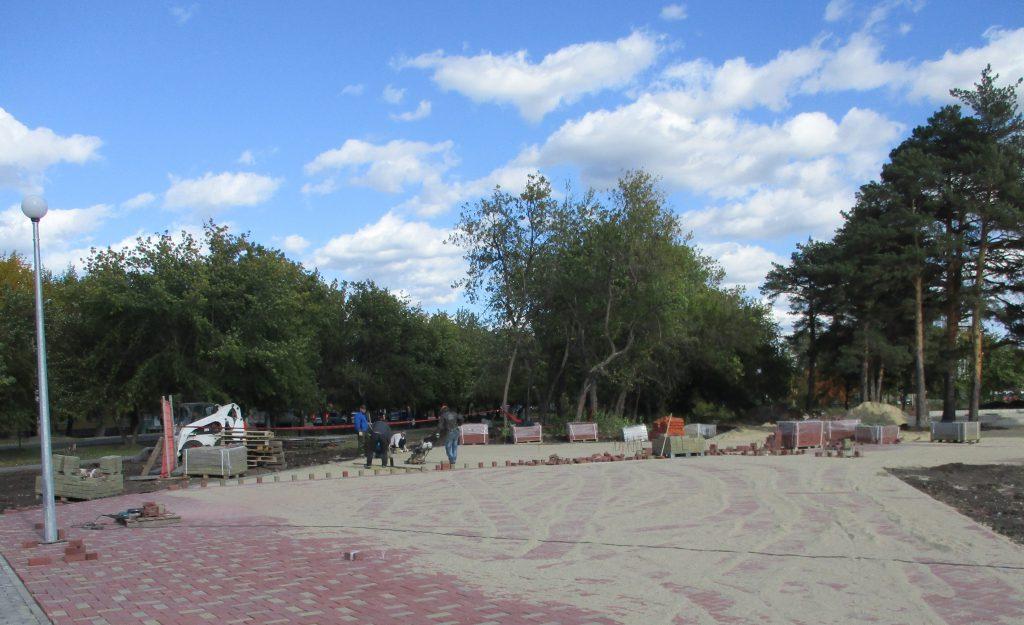 Благоустройство в парке
