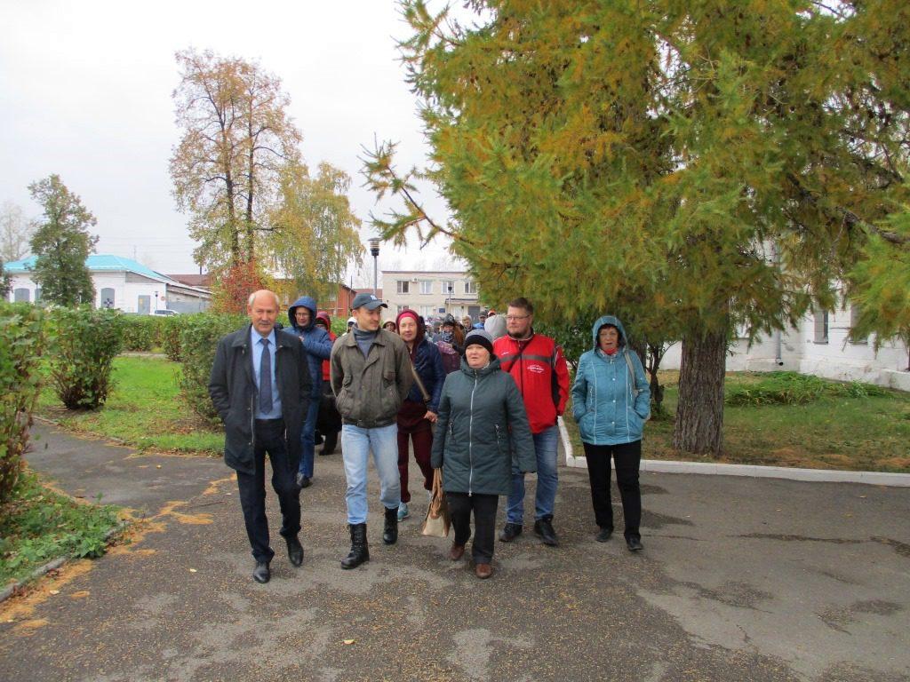 Участники экскурсии на Тропу Карпинского