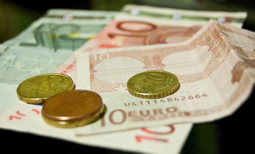 По оценке экспертов в ближайшее время рубль укрепит свои позиции