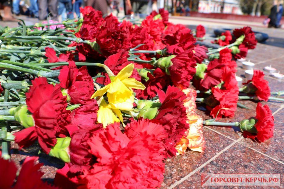 Траур в Крыму. Фото Горсовет-Керчь.РФ