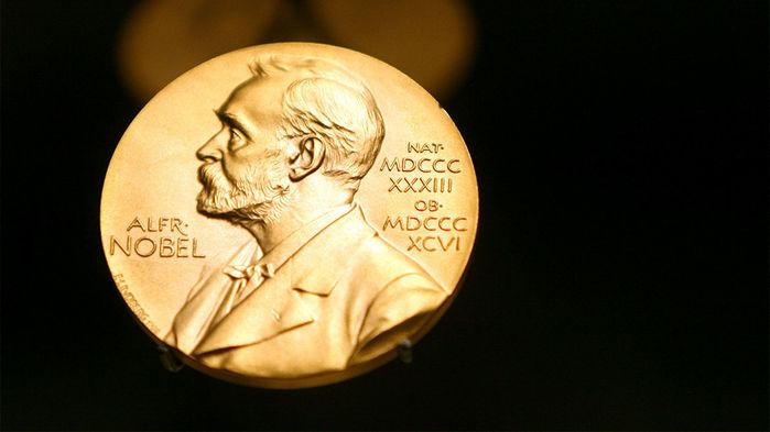 «Революция в эволюции»: объявлены лауреаты Нобелевской премии по химии