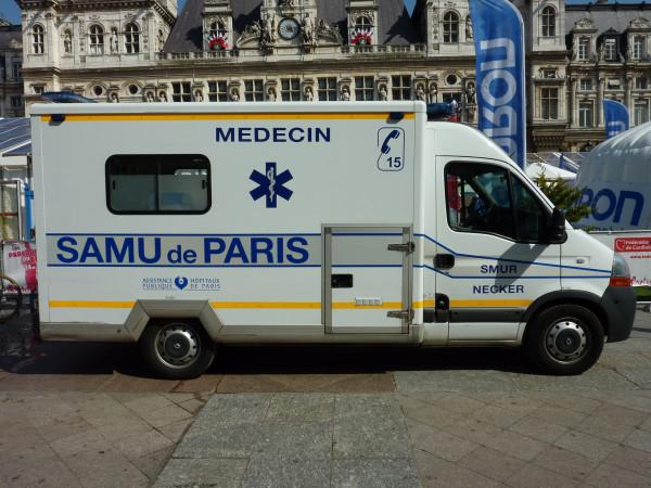 Скорая помощь Париж