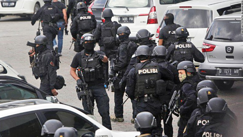 Спецоперация полиции Индонезии