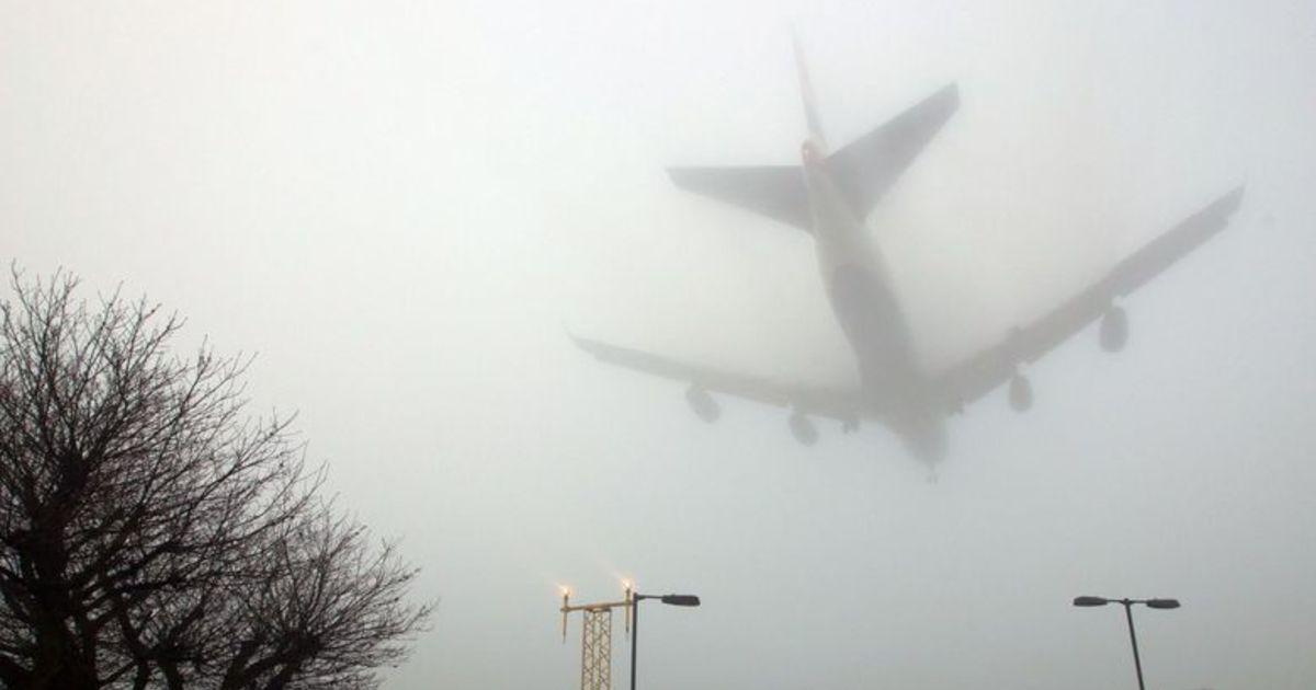 Авиарейсы отменены из-за тумана