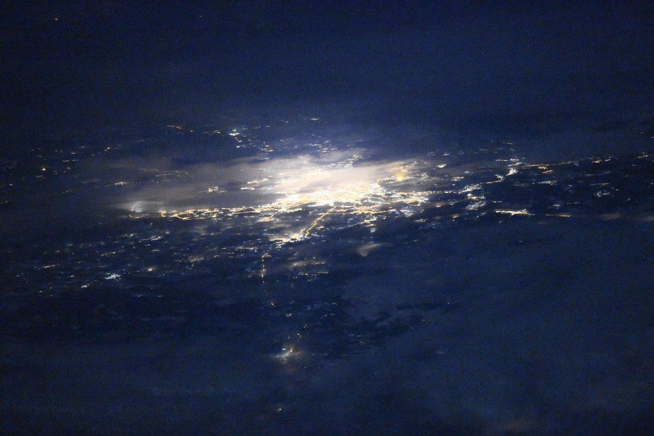 уникальный снимок ночного Санкт-Петербурга