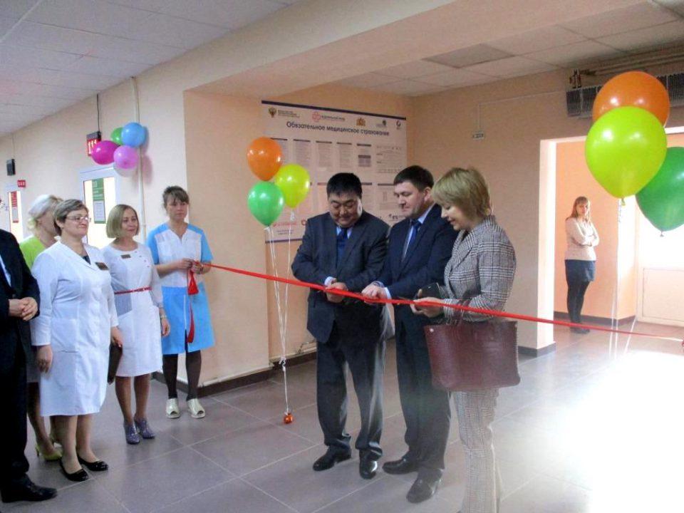 Поликлиника на улице Добролюбова в Каменске-Уральском
