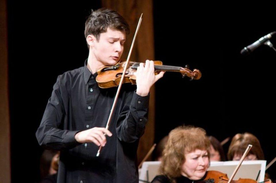 скрипач-виртуоз Лундстрем.