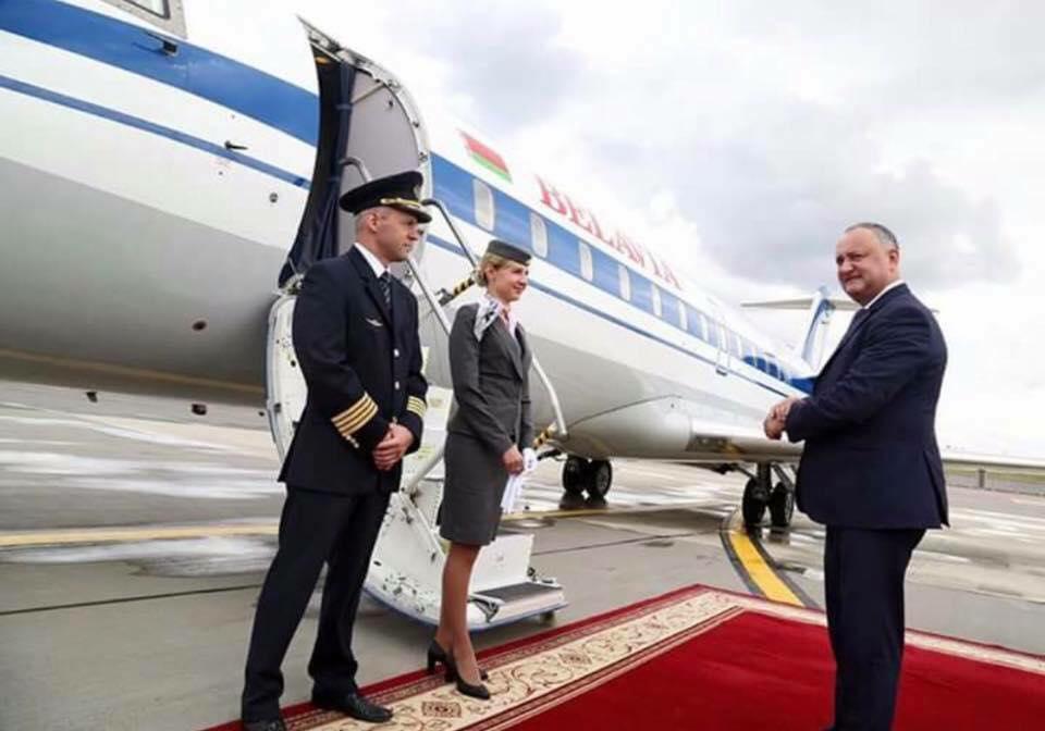 Игорь Додон, Президент Молдавии отправился домой на самолете правительства РФ