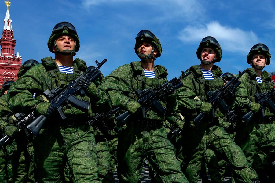 о запрете военным размещать о себе информацию