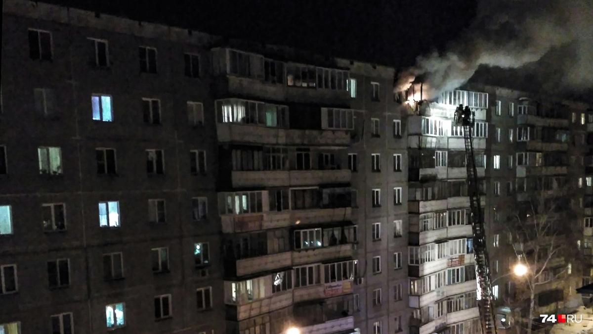 мужчина выпрыгнул с 9-го этажа