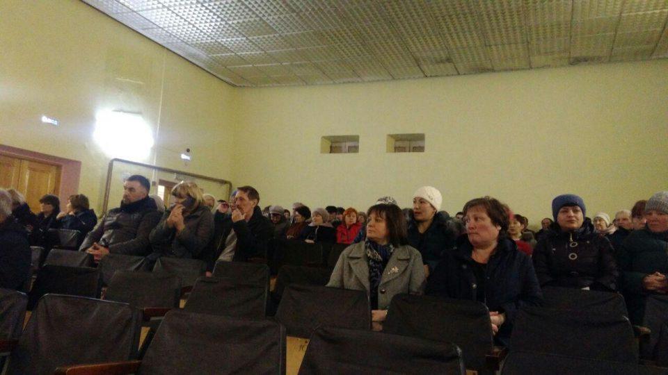 Собрание жителей в селе Позариха