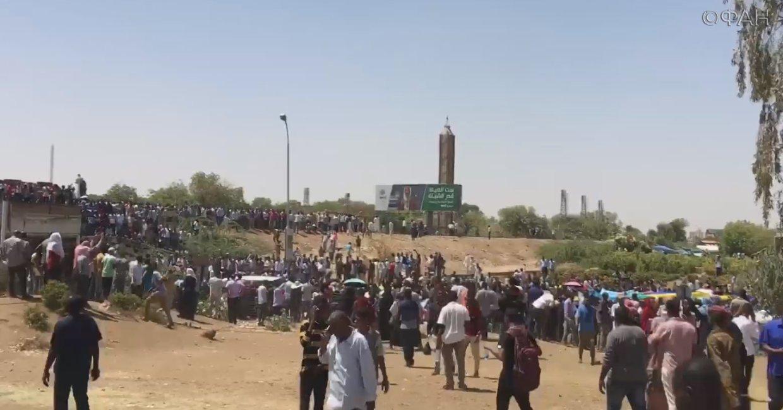 в Судане госпереворот