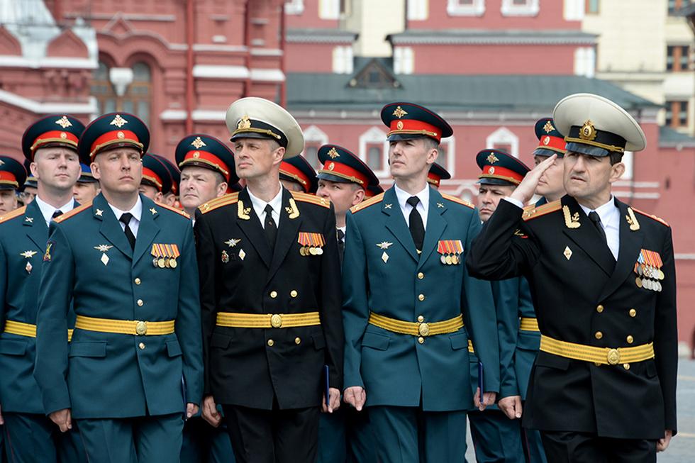 изменятся правила ношения военной формы