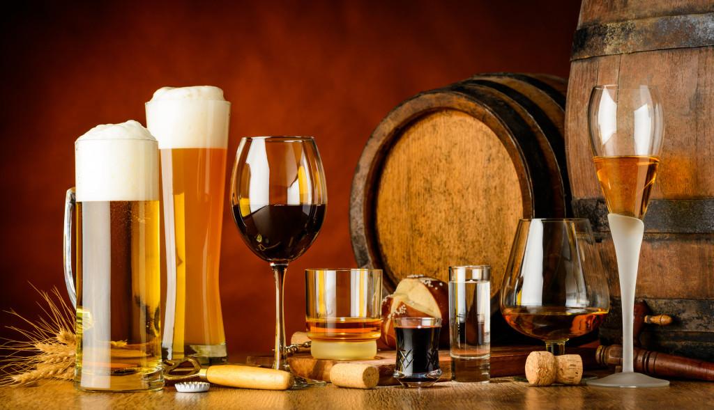Россияне предпочитают дорогостоящему алкоголю водку, пиво и вино