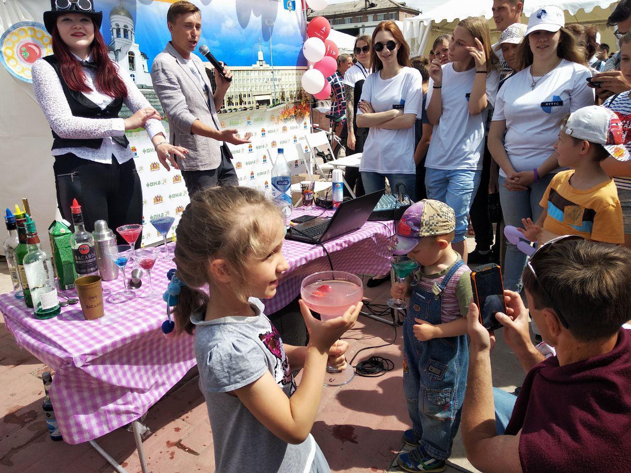Бармен-шоу в Каменске-Уральском (видео)