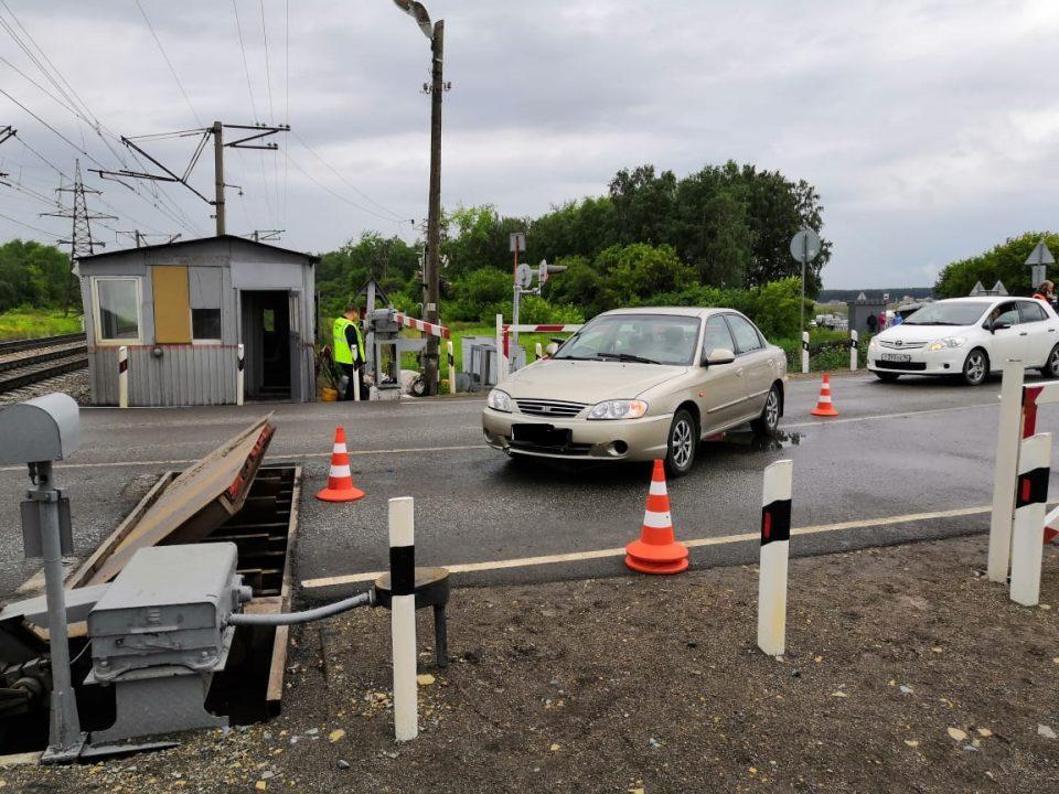 Женщина получила травмы в ДТП на переезде в Каменске-Уральском