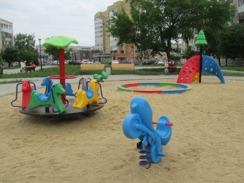 В Тимирязевском сквере вандалы разгромили МАФы