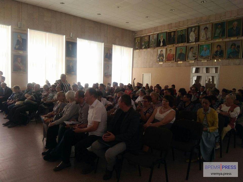 Обманутые вкладчики КПК Содействие: все подробности по делу - от фальшивых кредитов до аплодисментов
