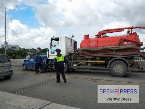 Авария на Байновском мосту (фото, видео)