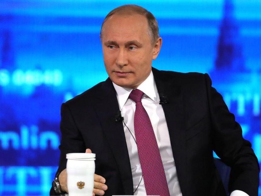 Путин попросил не сердиться на него из-за уровня зарплат
