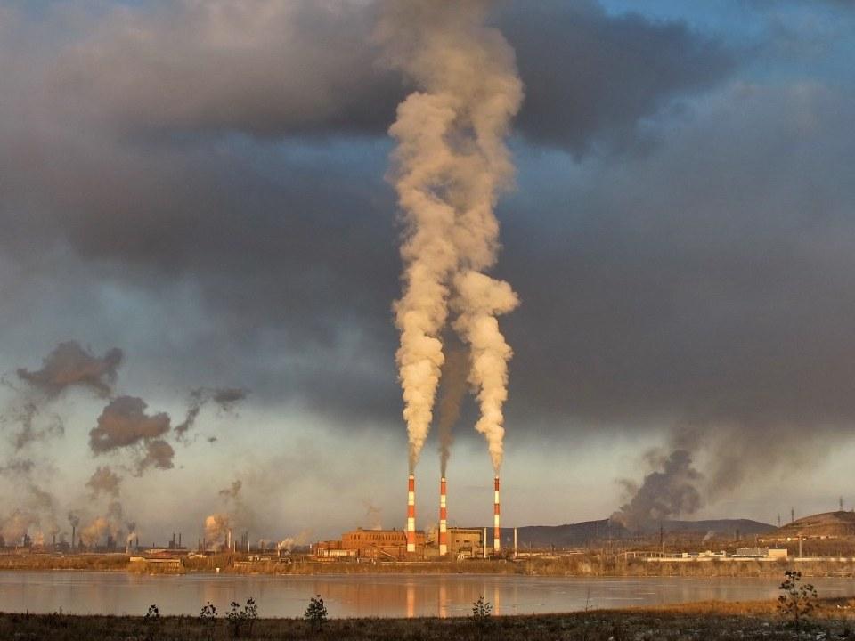 Более 2 млн жителей Свердловской области живут на загрязненных канцерогенами территориях