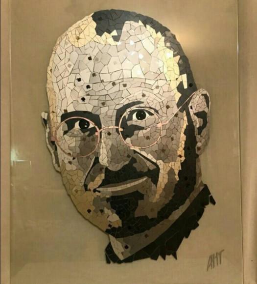 Портрет Джобса из айфонов продает житель Екатеринбурга