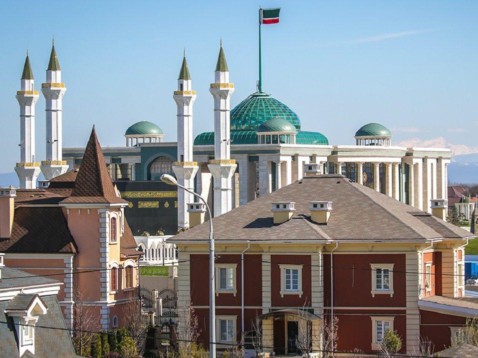 стрельба в Грозном у резиденции Кадырова