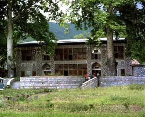 ЧП в Азербайджане: 19 человек пострадали