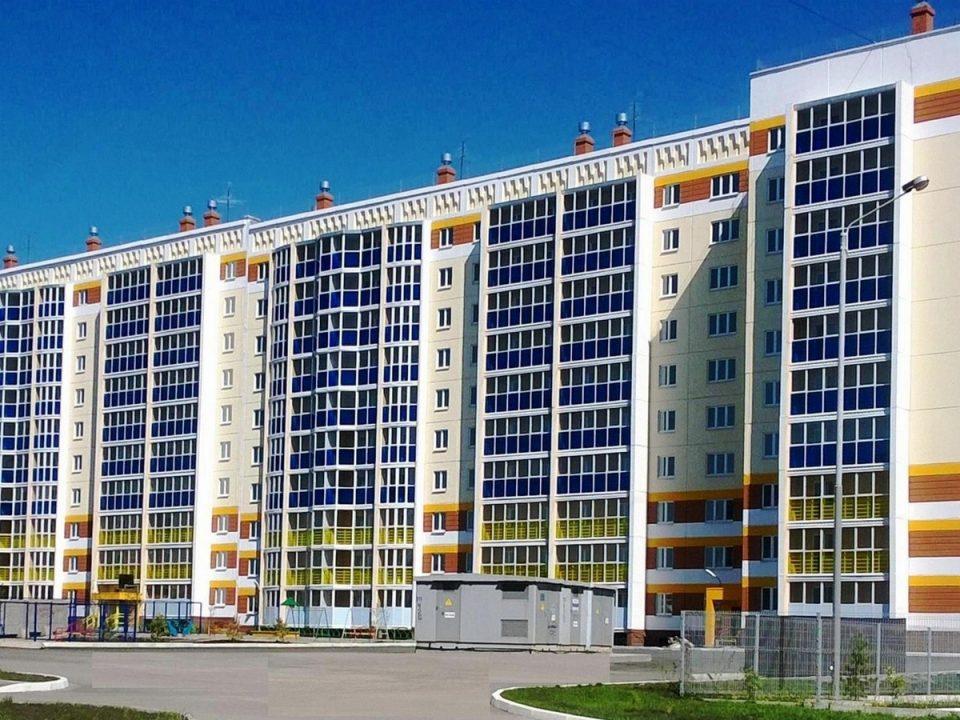 42 ребёнка-сироты получили квартиры в Каменске-Уральском