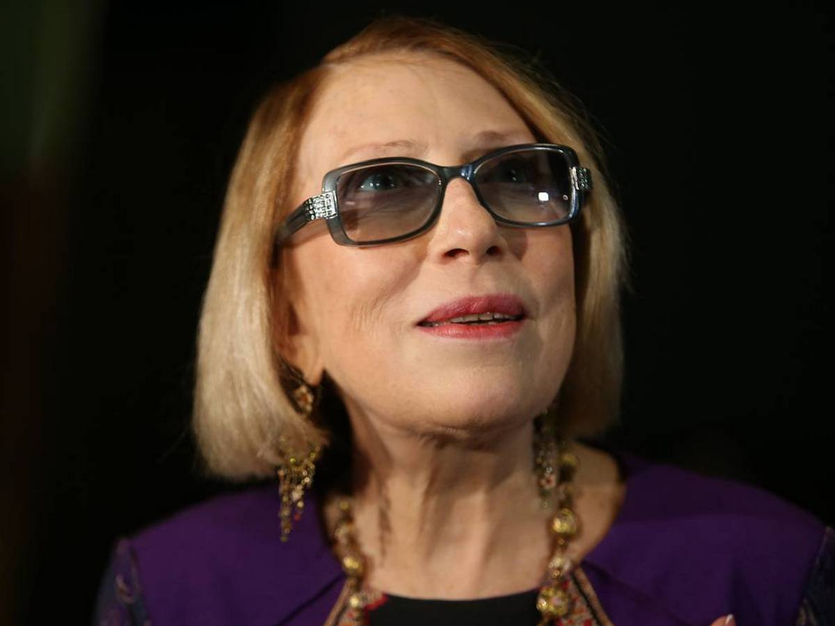 Инна Чурикова находится в тяжёлом состоянии после падения со сцены