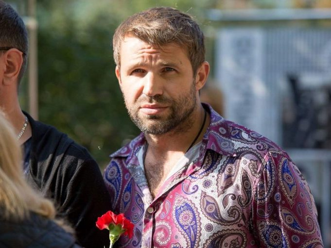 Актер Тимур Ефременков задержан в аэропорту Краснодара в нетрезвом виде