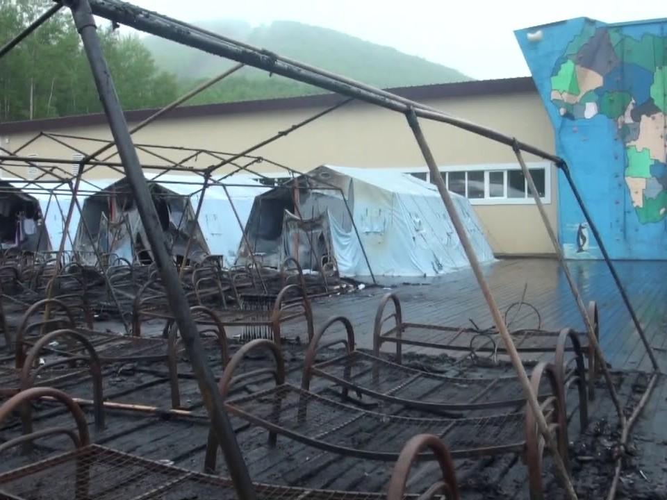 Власти выплатят 1 млн рублей родителям девочки, погибшей при пожаре в лагере Хабаровска