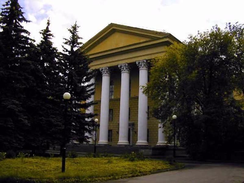 В Москве обокрали институт и вскрыли 12 кабинетов