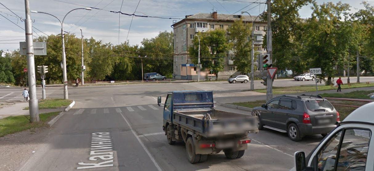 Светофор Алюминиевая-Калинина перепрограммируют