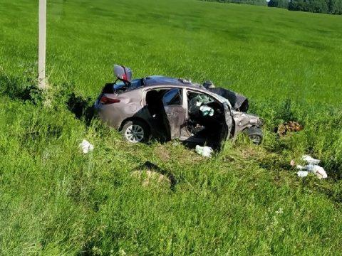 Два человека серьезно пострадали в аварии под Каменском-Уральским