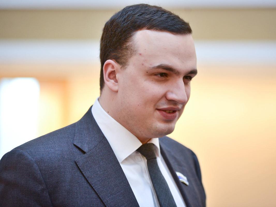 Депутат решает проблемы екатеринбуржцев в инстаграме Леди Гаги