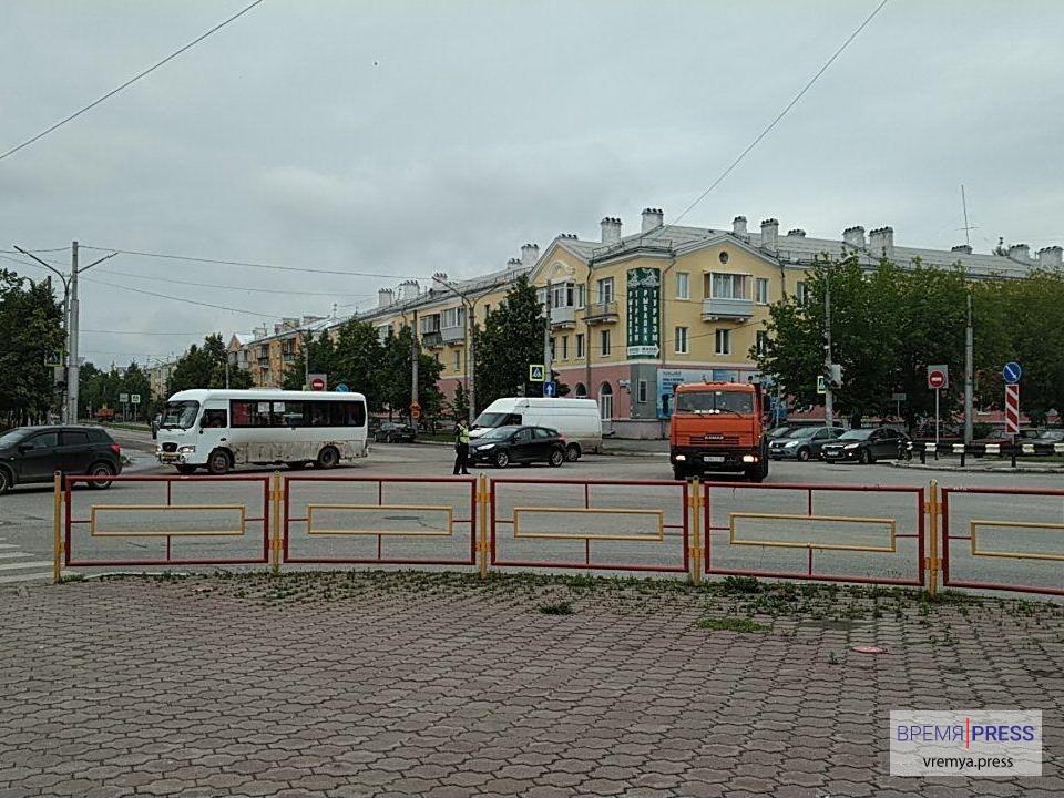 На перекрестке Победы-Кунавина не работает светофор