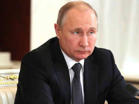 """Пусть вещает дальше: Путин прокомментировал поведение журналиста """"Рустави 2"""""""