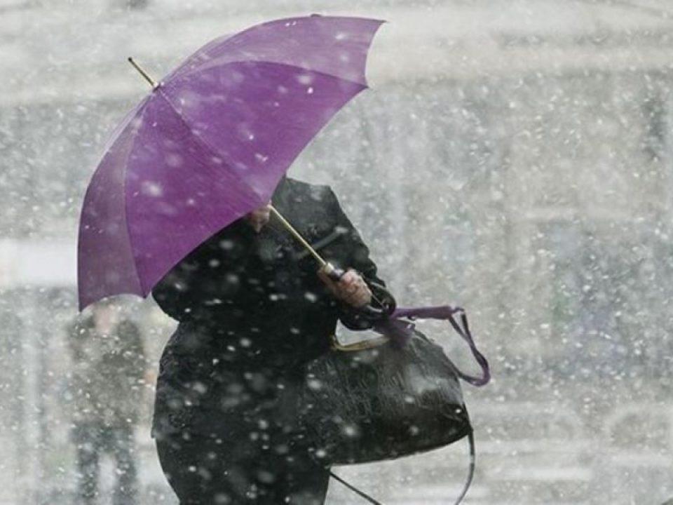 С начала лета штормовые предупреждения на Урале объявляли 15 раз