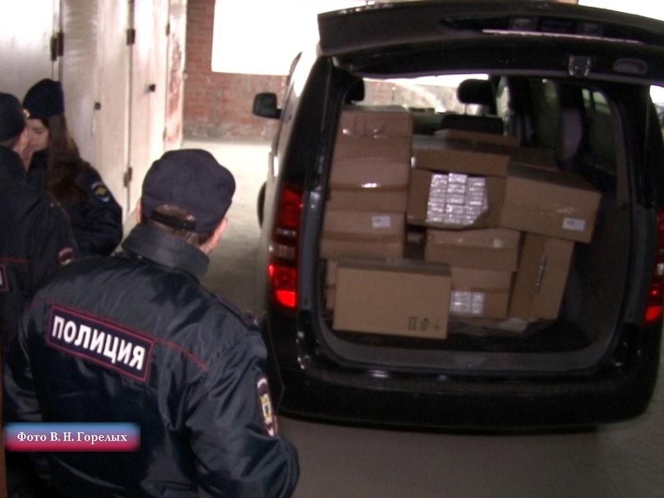 В Екатеринбурге обнаружили подпольный склад контрафактного табака