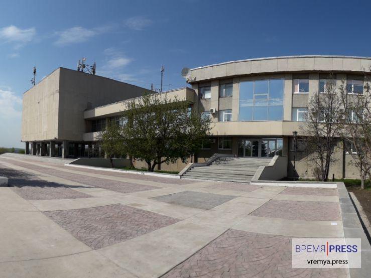 СКЦ озеленит территорию вокруг здания
