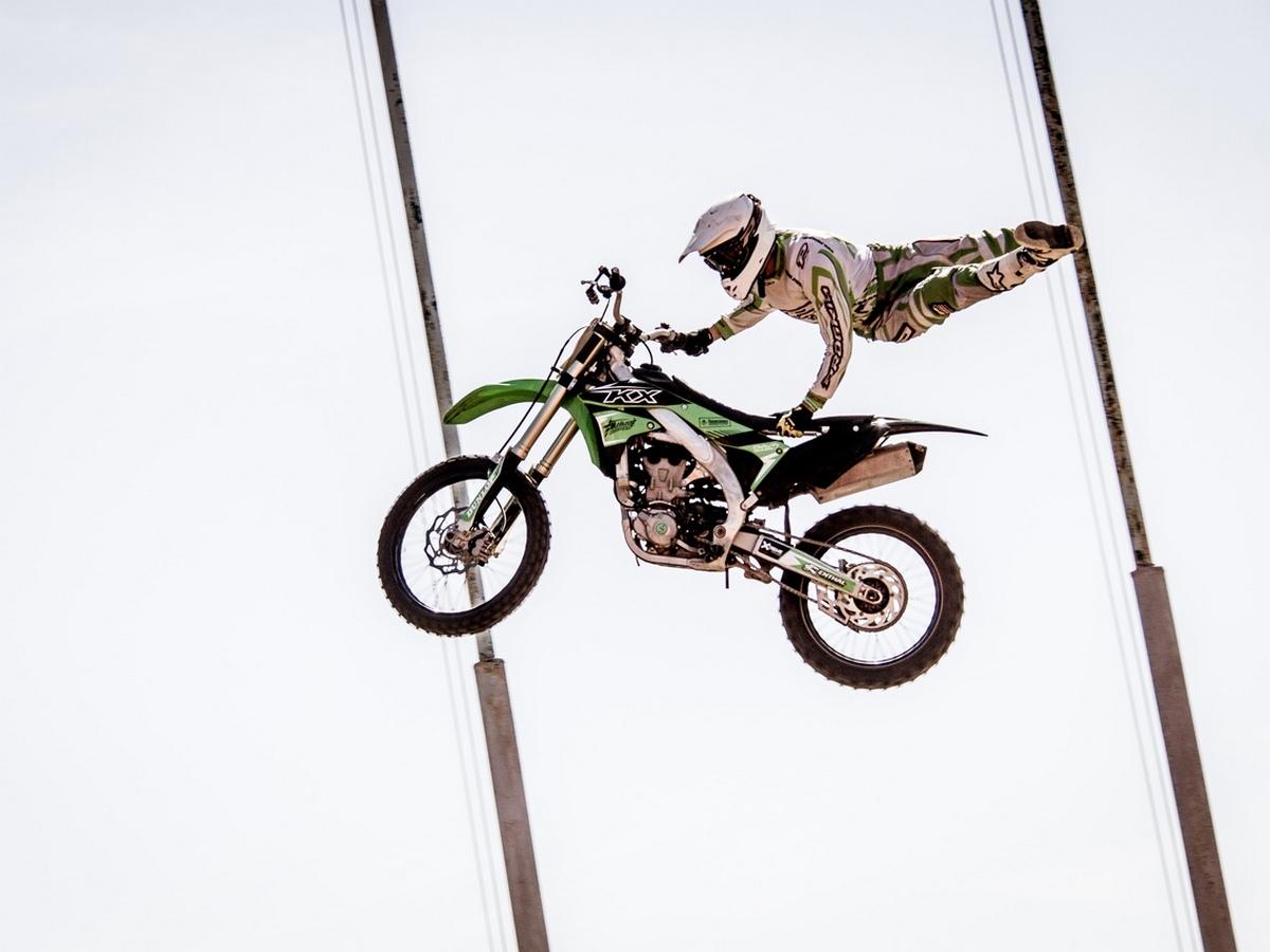 Каменские спортсмены стали лучшими на соревнованиях по мотокроссу