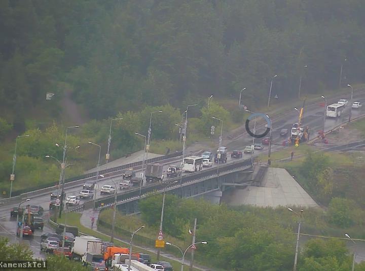 Скриншот с видеокамеры на Байновском мосту