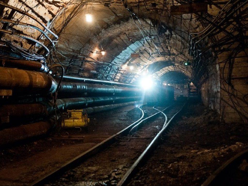 Под Североуральском обрушилась шахта, одного рабочего завалило