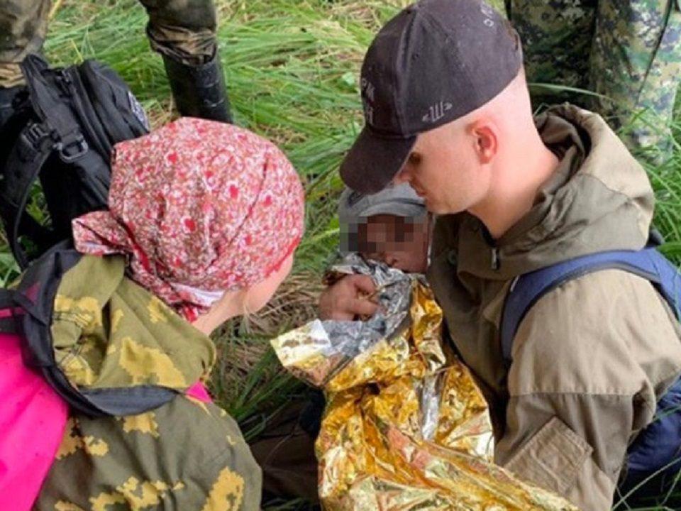 Трехлетний Коля Бархатов найден в лесу Омской области
