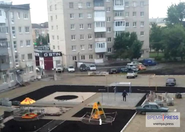 В Каменске-Уральском задержан пьяный мужчина с топором