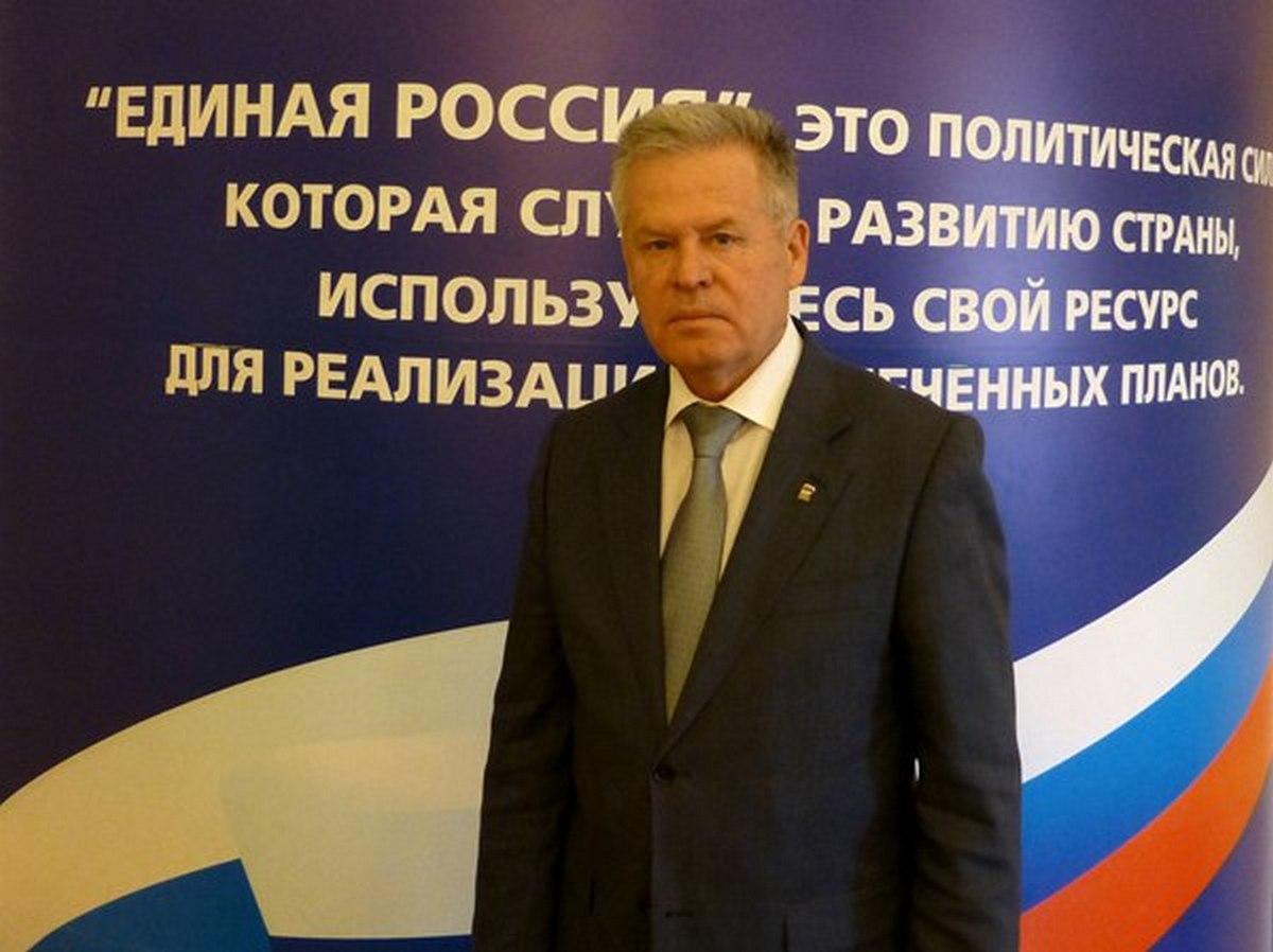 Стало известно, почему Астахова не увольняют с поста главы Южного управленческого округа