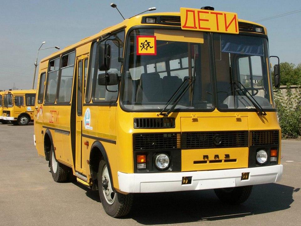 ГИБДД проверила школьные автобусы Каменского района к новому учебному году